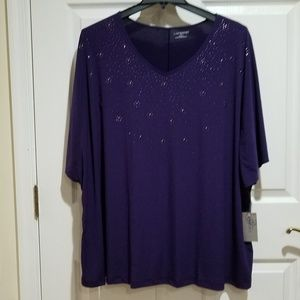 Beautiful Rhinestone cluster mid length sleeve NWT